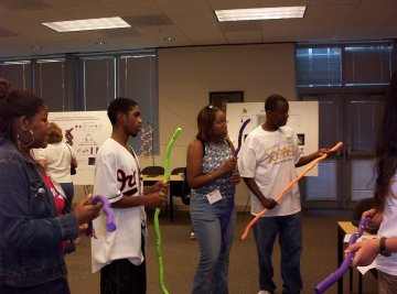 Uploaded Image: Tri-Cities Students at GT for Buzz on Biotech Day.jpg